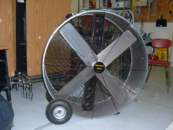 Barn Exhaust Fans : Moved permanently